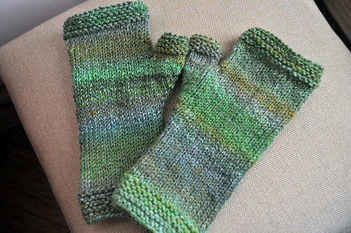 Double Dog Dare Mitts