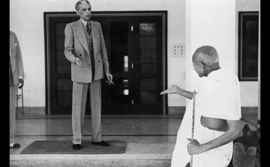 <p> Mohandas Karamchand Gandhi leaves the home of Muhammad Ali Jinnah (1876 - 1948)  founder of the Muslim League en route to the Viceroy's Lodge in Delhi. Getty Images</p>