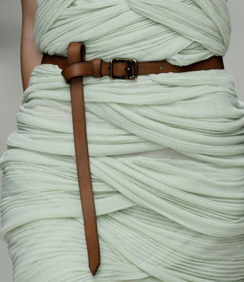 littleblackdresses:  Twisted knot belts.. So spring! Top tip: Pair a twisted knot belt (preferably in brown) with your favourite floral/nude dress, and cute espadrilles and you're set for spring.