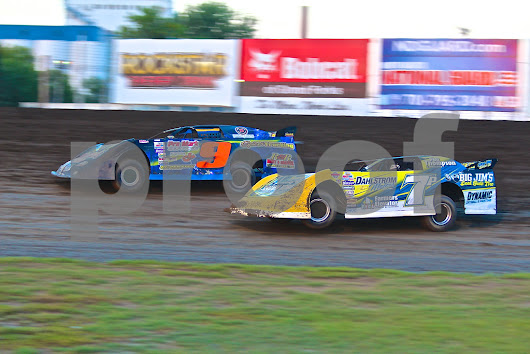 NLRA Late Models Racing Out Of Turn 2 At The Legendary Bullring River Cities Speedway