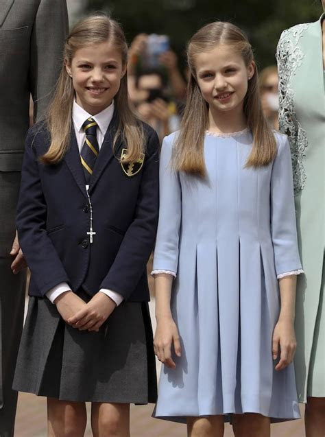 Spanish Royals Attend ?nfanta Sofia?s First Communion
