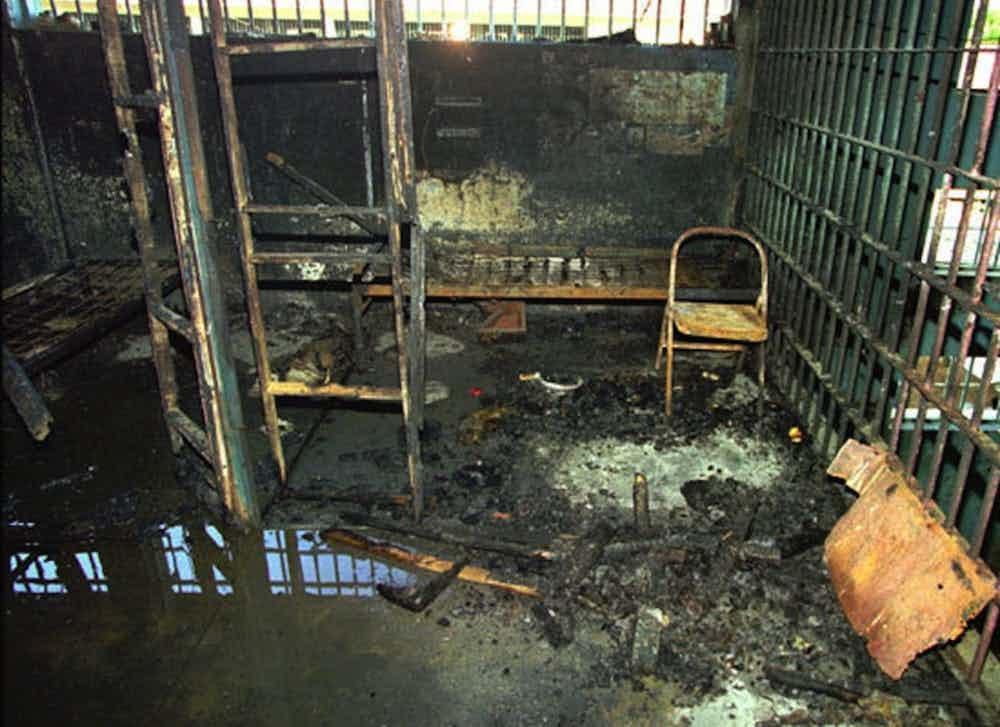15-imagens-perturbadoras-tiradas-em-prisões-ao-redor-do-mundo-11