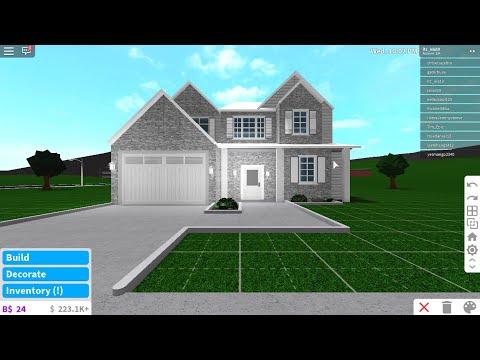 Roblox Blockburg 2 Story Family House Roblox Bloxburg Houses 25k Family 2 Story 3 Bedroom Roblox Free Play