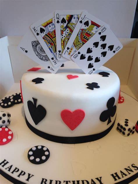 Best 25  Poker cake ideas on Pinterest   Casino cakes