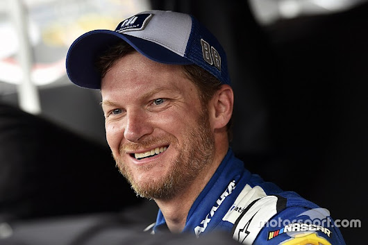Dale Earnhardt Jr. to retire from NASCAR after 2017