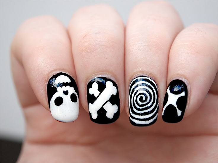50 Classic Black And White Nail Art Designs