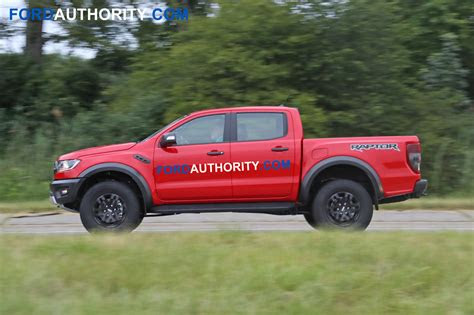 ford ranger raptor  ford cars review release