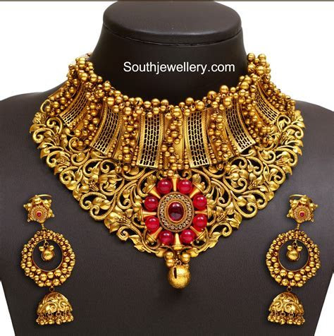 Gold Necklace latest jewelry designs   Jewellery Designs