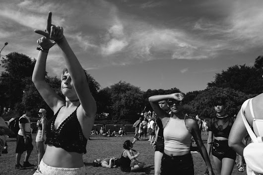 Sunshine, Sweat, and Some Epic Scenes from the Final Day of Lollapalooza