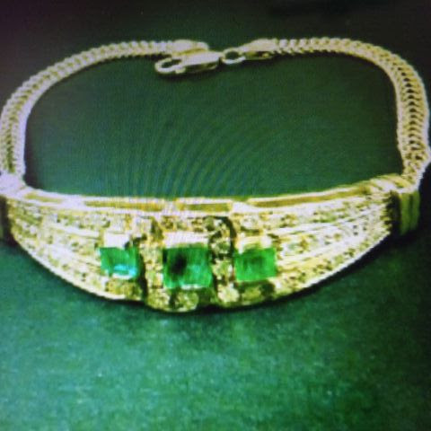 18K Yellow Gold Womens Bracelet with diamonds and Columbian Emeralds ( Jewelry & Accessories ) in Lewisville, TX - OfferUp
