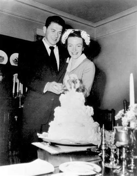 Dear Old Hollywood: The Wedding of Ronald Reagan and Nancy