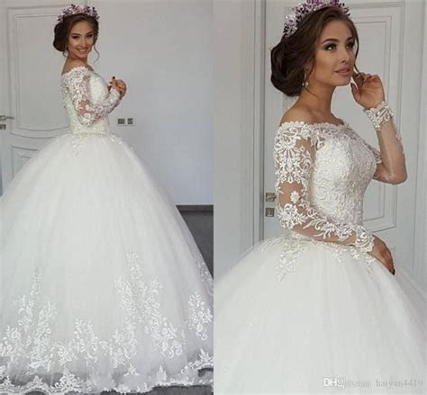 2017 New Sexy Arabic Long Sleeves Ball Gown Wedding