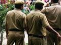 केजरीवाल के हेल्पलाइन का असर : हफ्ता मांगने वाले दो पुलिस कांस्टेबल गिरफ्तार