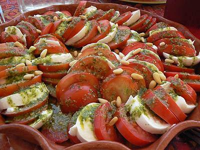 salade de tomate-mozza et pistou maison.jpg