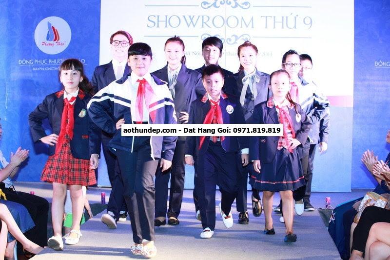 Với đội ngũ thiết kế chuyên nghiệp, ba xưởng dệt may tại Sóc Sơn( Hà Nội) – Hưng  Hệ thống cửa hàng giới thiệu và, bán sản phẩ