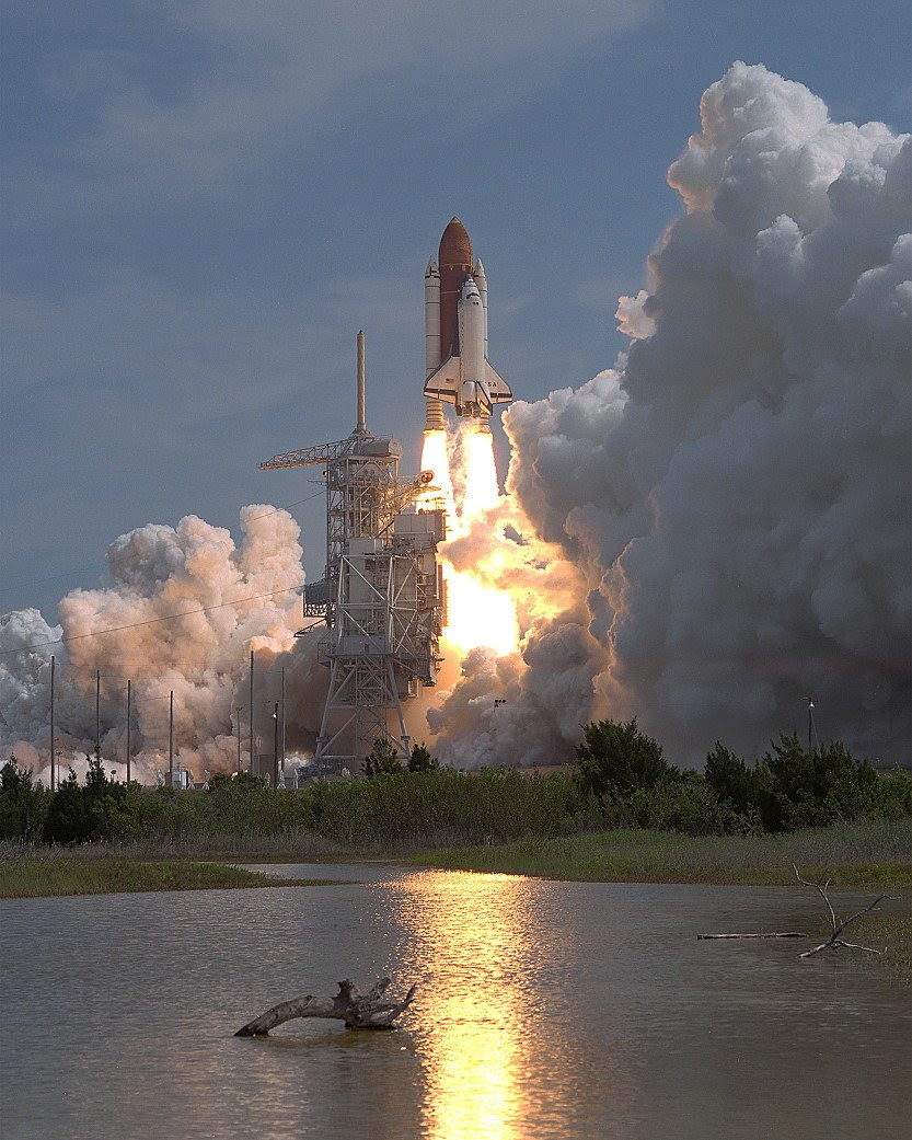 Apr26-1993-STS55liftoff