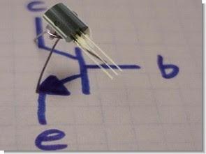 Transistor không chính xác