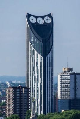 英国伦敦「电须刨」大厦