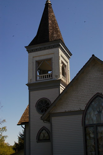 there are lots of churches on the island