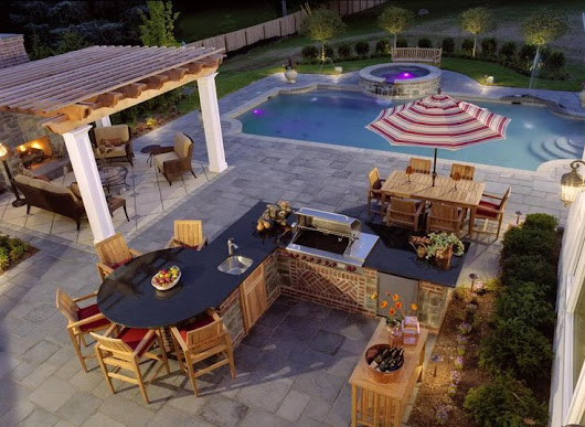 Outdoor Living Trends for 2015