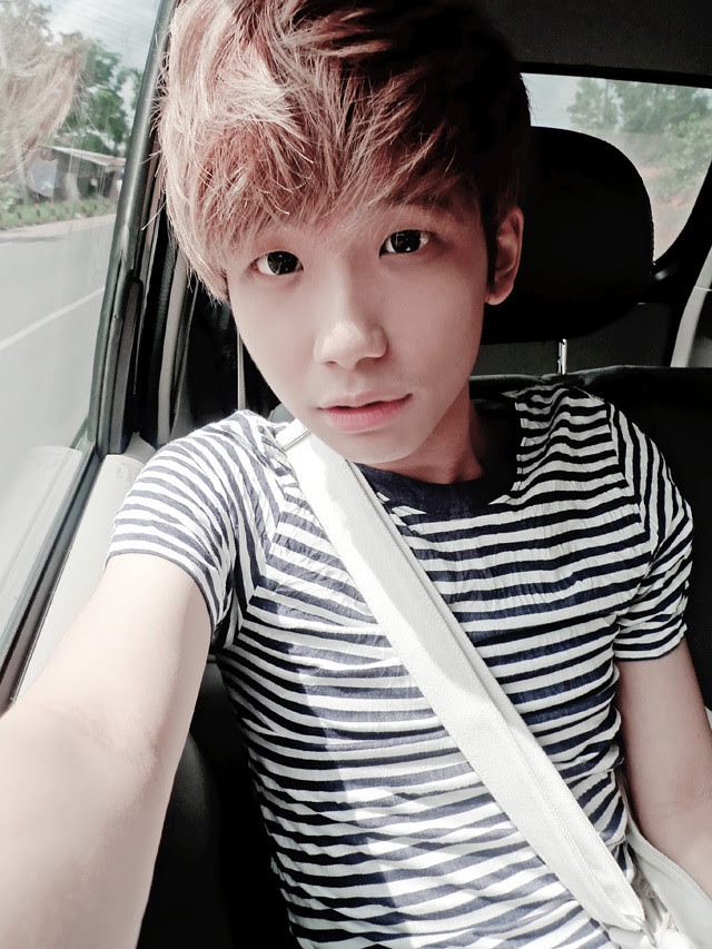 typicalben camwhore on car bintan