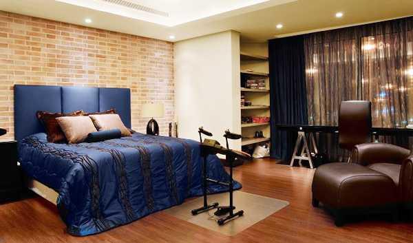 Blue Color Schemes Enhancing Modern Bedroom Decorating Ideas