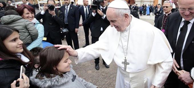 Papa Francisco: «Dios es siempre un Padre amoroso incluso en las pruebas más duras