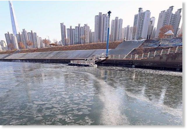 han river ice seoul, han river ice seoul december 2017