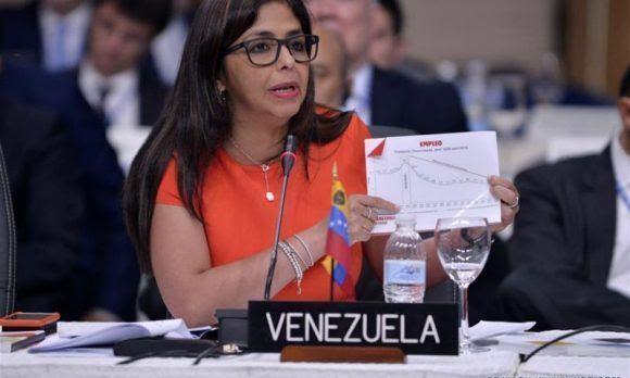 Delcy Rodríguez en la Asamblea General de la OEA.