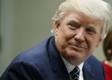 """Trump acusa a los medios de estar """"fuera de control"""" y ser deshonestos"""