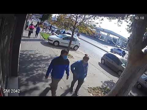 """Una mujer fue embestida por un motociclista que hacia """"willy"""" en plena Av. San Martin en VGG"""