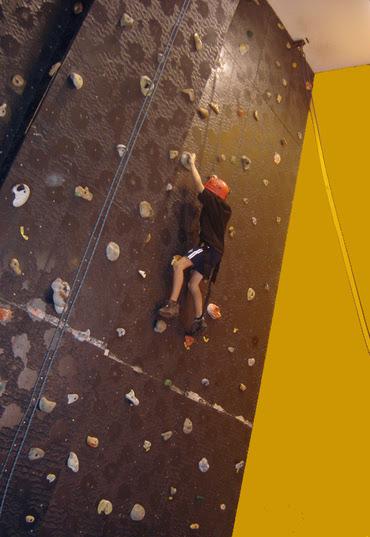 Wall_climbing_1_2