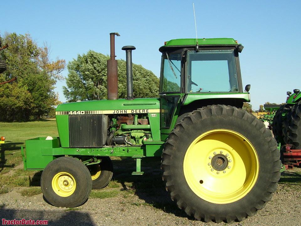 Tractordatacom John Deere 4440 Tractor Photos Information