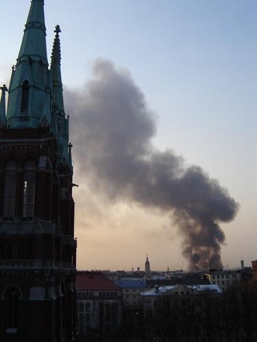 Tulipalo Helsingin keskustassa Helsinki burning