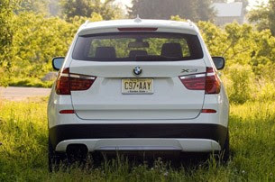 2011 BMW X3 xDrive28i rear view
