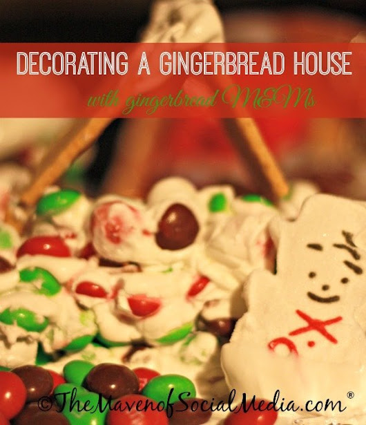 Holiday Craft: Decorating a gingerbread house #HolidayMM #shop