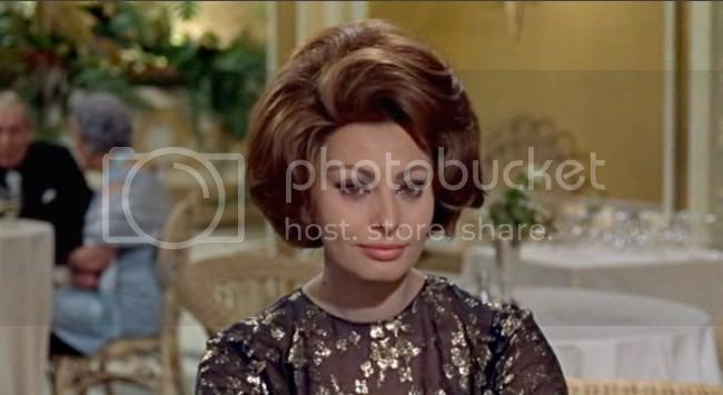 photo sophia_loren_comtesse_h_k-6.jpg