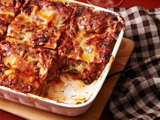 Our Cheesiest, Most-Comforting Lasagna Recipes Worthy of a 5-Star Rating | FN Dish – Food Network Blog