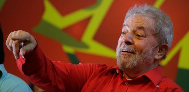 Ex-presidente Luiz Inácio Lula da Silva durante ato em favor do governo, em São Paulo