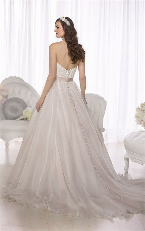Plus Size Ball Gown Wedding Dresses   Essense of Australia