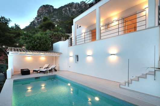 Luxury home completely refurbished with sea views for sale in Cala Llamp, Mallorca | Gatehouse International Mallorca