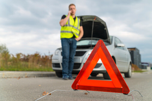 What to Do If You're Stranded on the Road - Barnetts Towing