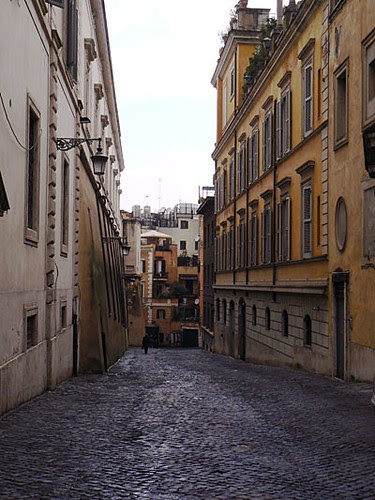 ruelle qui descend 2.jpg
