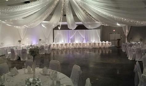 Decor   Aglow Bridal Lounge