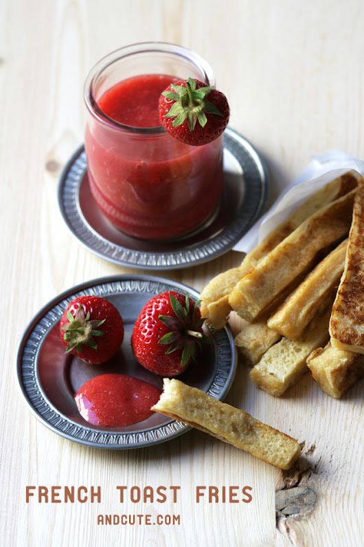 "French Toast Fries with Strawberry ""Ketchup"""
