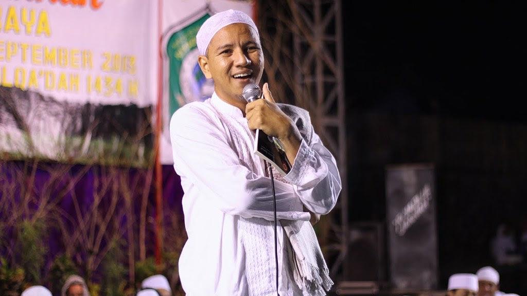 Habib Novel Alaydrus Solo