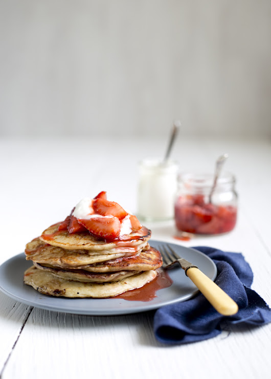Banana Nutella Pancakes with Strawberry Sauce & Goodbye Melbourne