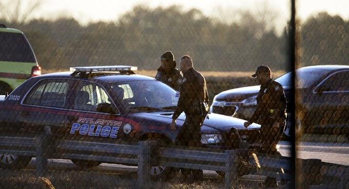 Tiroteio em base aeronaval dos EUA ocasiona 2 mortes e vários feridos