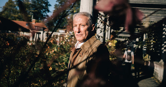The Return of Werner Erhard, Father of Self-Help - The New York Times