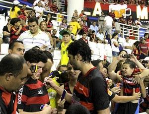 Athirson do Flamengo, showbol (Foto: Frank Cunha/GLOBOESPORTE.COM)
